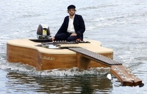 josh-pykes-boat-guitar41_phixr.jpg