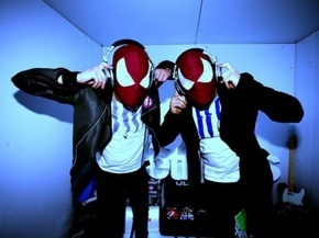 the-bloody-beetroots-again_phixr.jpg
