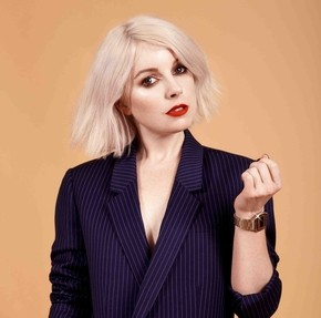 """LITTLE BOOTS UNVEILS NEW TRACKS """"HEROINE"""" AND """"PRETTY TOUGH"""""""