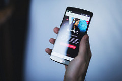 Will Apple Music ever overtake Spotify globally? – Skope