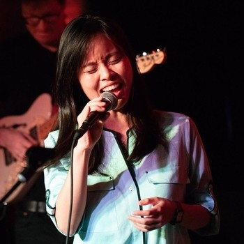 LI LIU: JAZZ SINGER BRIDGING EASTERN MUSIC AND WESTERN WITH